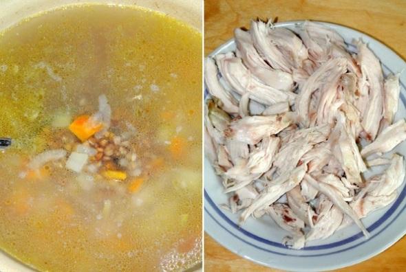 Пассированные овощи добавляем в суп