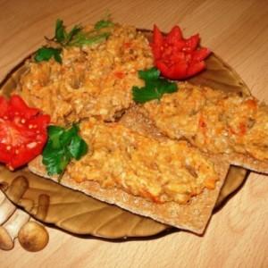 Грибной паштет из маслят, с овощами