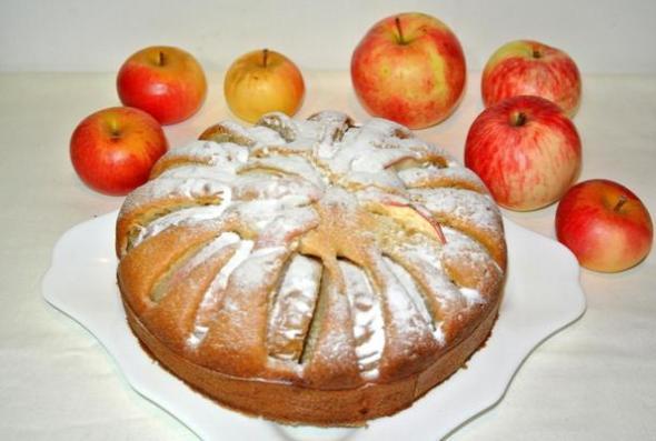 Яблочный пирог на сметане - шаг 6