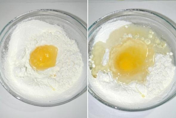 Шаг 1 - в муку вбиваем яйцо