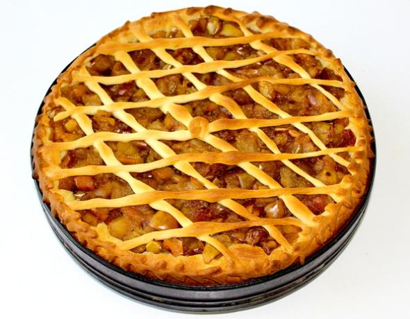Дрожжевой пирог с яблоками - итоговое фото