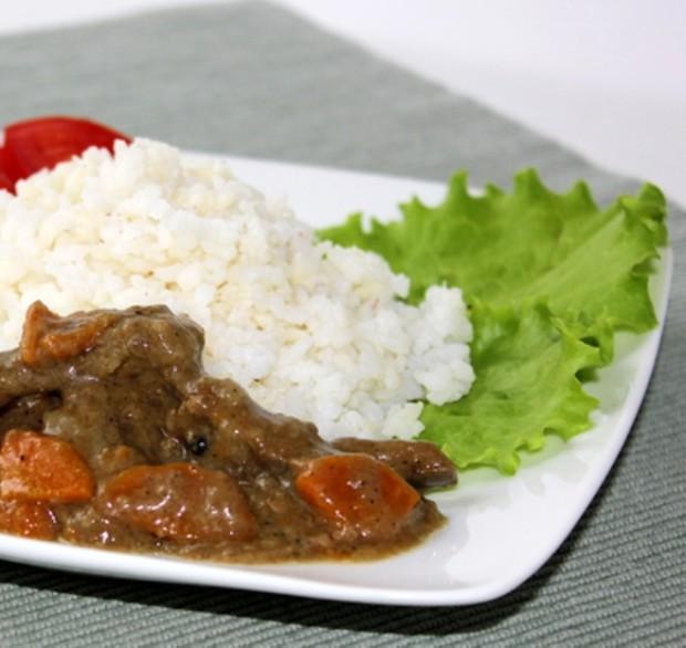 Бефстроганов из печени с рисом