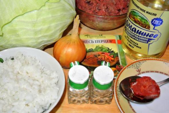 Ингредиенты голубцов с мясом и рисом
