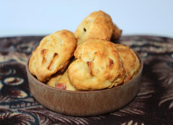 Яблочное вкусное печенье с корицей