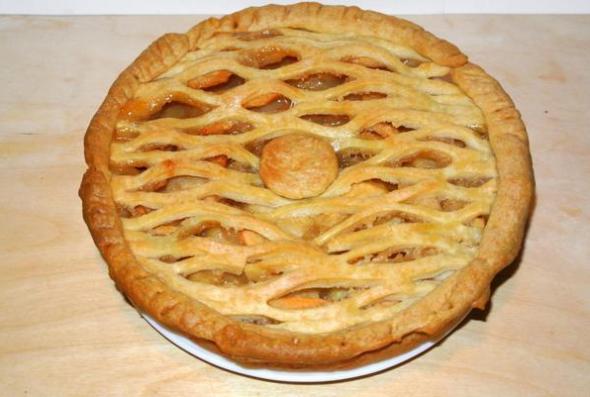 Американский яблочный пай с решеткой - итоговое фото