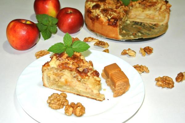 Пирог с яблоками и заварным кремом -  итоговое фото