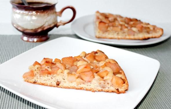 Нормандский пирог с яблоками, грушами, орехами