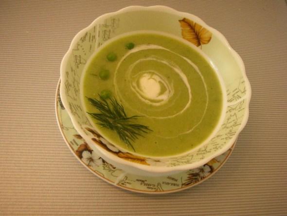 Суп из зеленого мороженного горошка