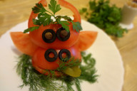 bychok-iz-pomidora