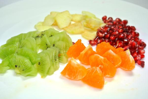 Фруктовый салат в апельсиновых пиалах – шаг 4
