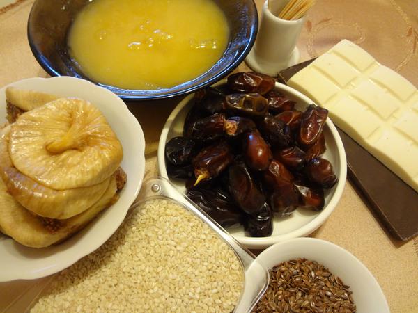 Конфеты с финиками и инжиром – ингредиенты