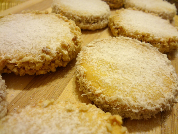 Шаг 13 - посыпьте печенье сахарной пудрой