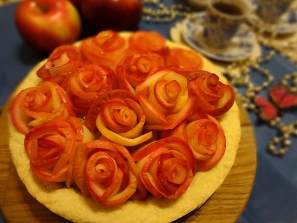 Яблочный пирог «Букет роз» – шаг 20
