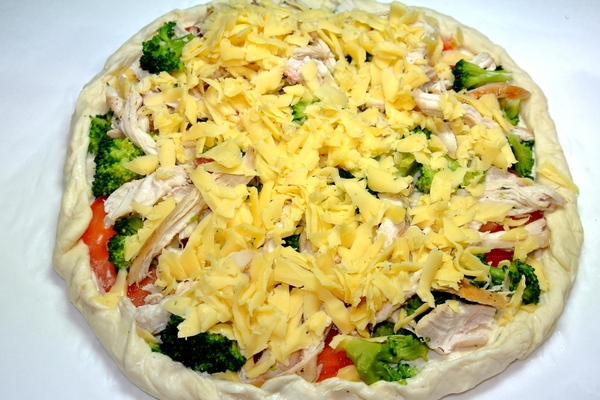 Пицца с курицей и брокколи – шаг 9