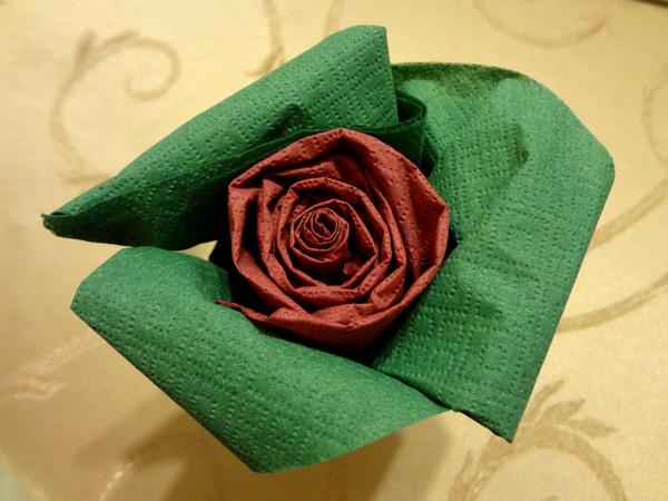 Розы из салфеток - шаг 13