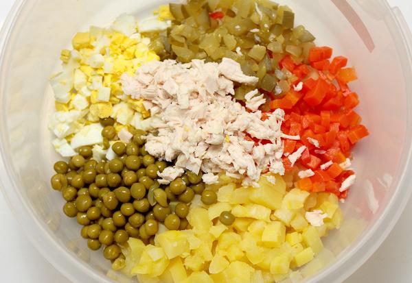 Шаг 6 - все ингредиенты выложите в миску