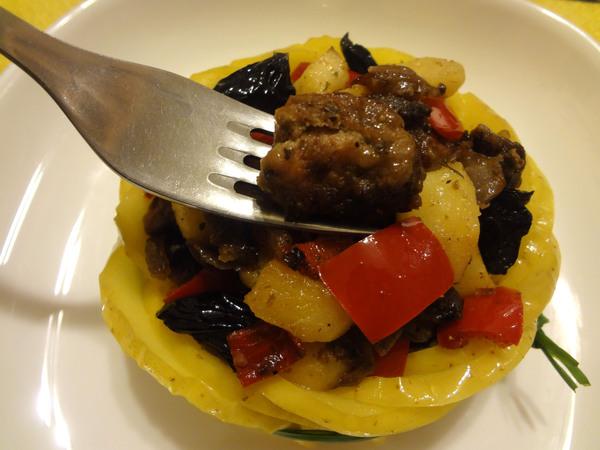Теплый салат с куриной печенью – шаг 10