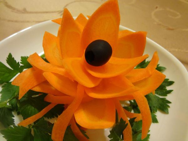 Цветы из моркови - шаг 10
