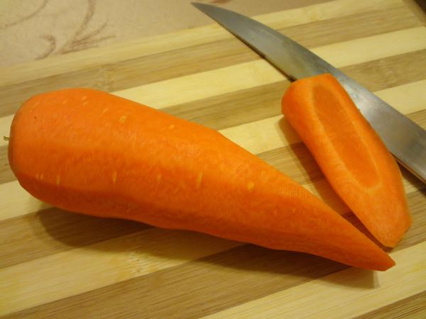 Цветы из моркови - шаг 1