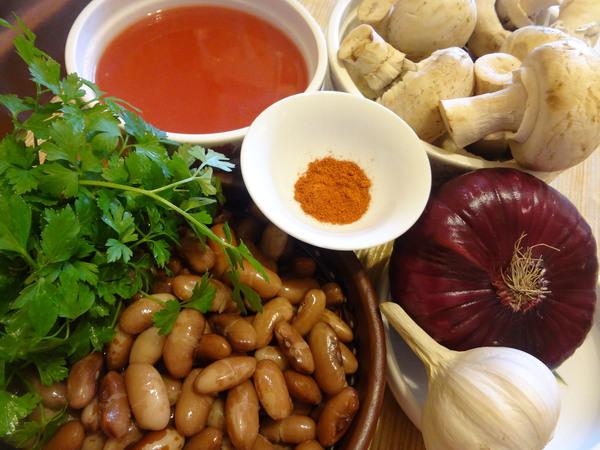 Фасоль тушеная с грибами – ингредиенты