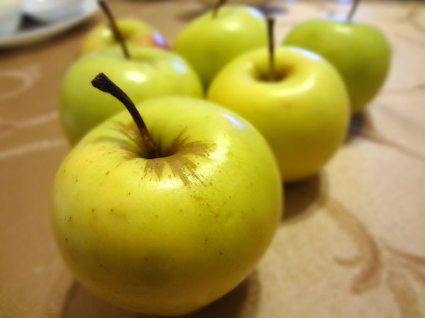 Шаг 1 - подготовьте яблоки