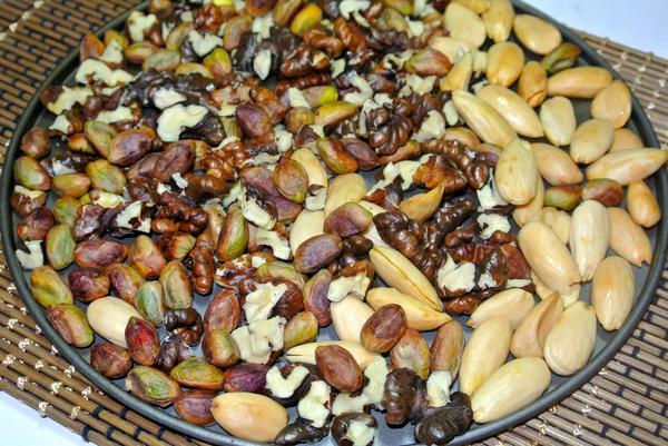 Шаг 3 - прокалите орешки