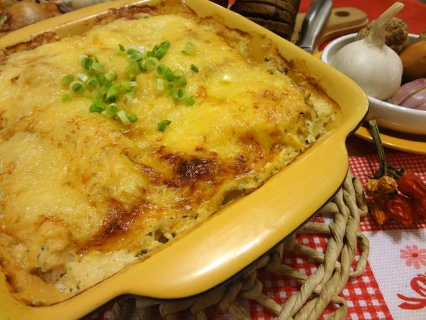 Картофельная запеканка с куриным филе, под сыром