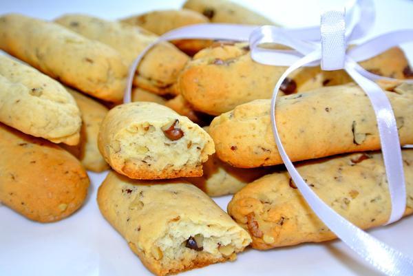 Печень ореховые палочки