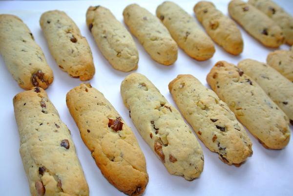 Ореховые палочки шаг 7 - выпекайте до румяности