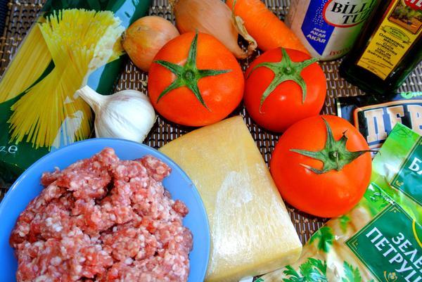 Ингредиенты для соуса болоньезе