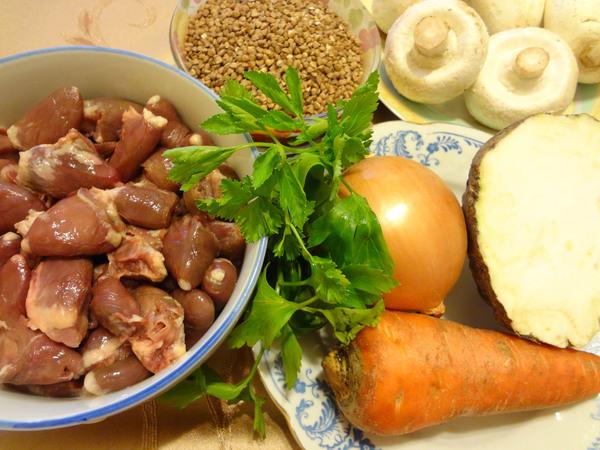 Ингредиенты для приготовления гречки в горшочках