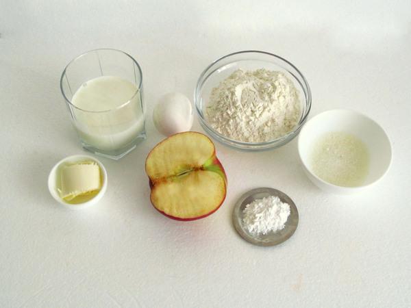 Яблочные оладьи на кефире - ингредиенты