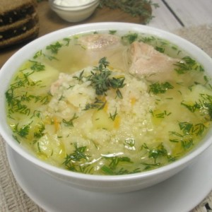Украинский суп капустняк из квашеной капусты