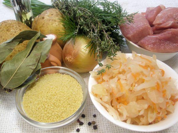 Капустняк из квашеной капусты - ингредиенты