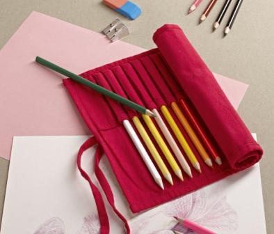 Подарите детворе набор карандашей
