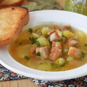 Суп с жареным мясом