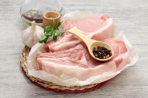 Ингредиенты для котлеты на косточке в духовке