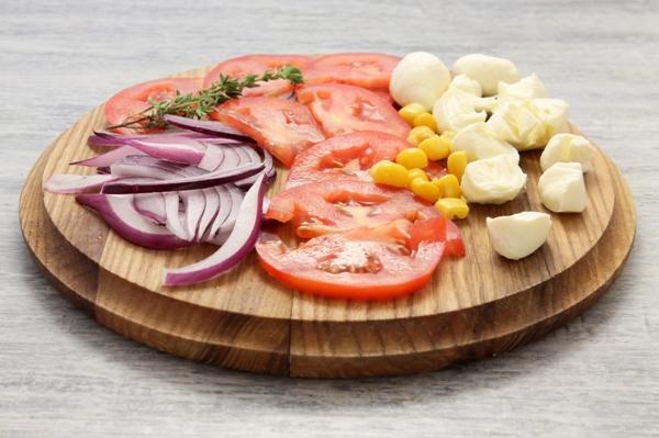 Овощная начинка для пиццы в виде нарезки