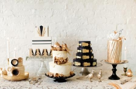 gold-black-and-white-metallic-wedding-cakes-for-vintage-weddings