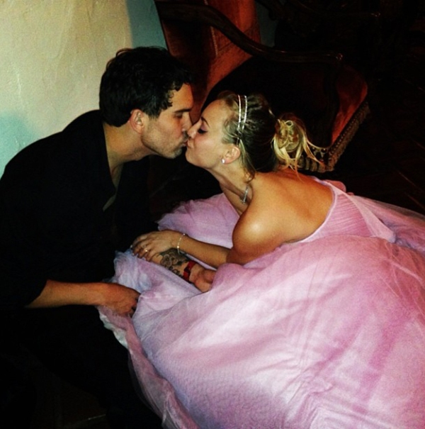 kaley-cuoco-married-ryan-sweeting