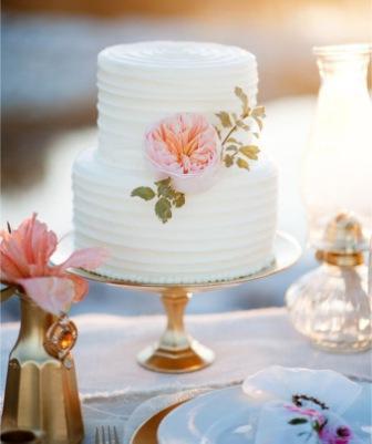 svadebnyj-letnij-tort_17