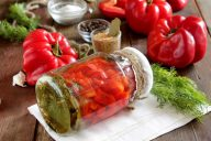 Маринованный болгарский перец консервация