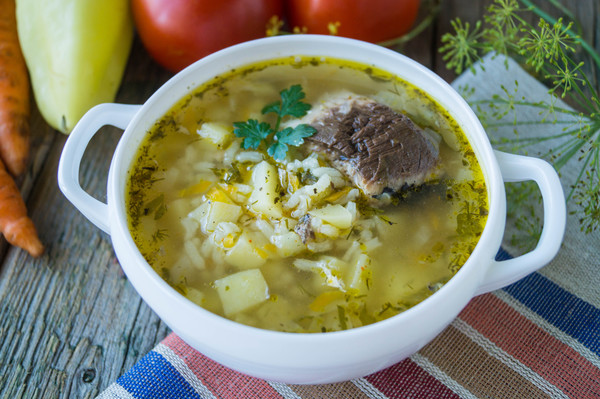 рецепт рыбного супа из консервов скумбрии с рисом