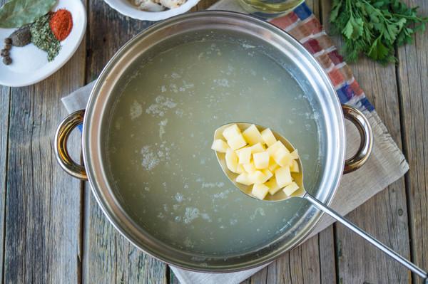Суп с консервой и рисом рецепт пошагово в кастрюле с рисом
