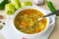 Куриный суп с овощами и вермишелью