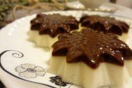 Молочное желе с шоколадом