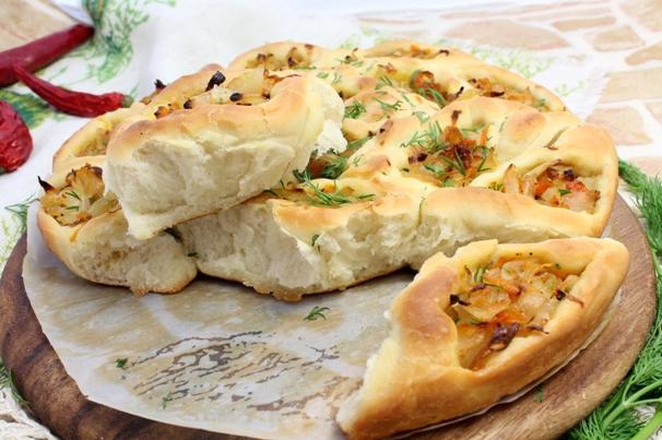 Пирожки с тушеной капустой в духовке рецепт