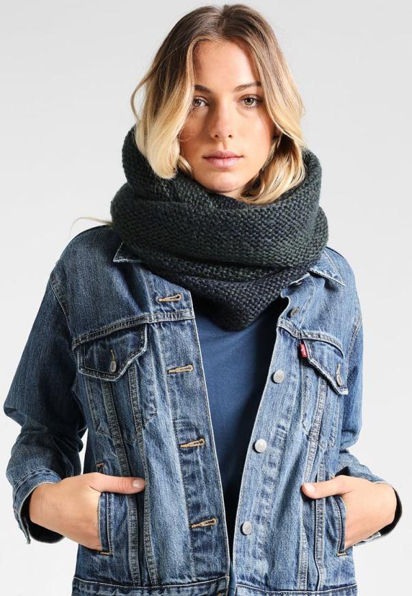 шарф-хомут, или снуд