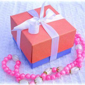 Коробочка для подарков своими руками
