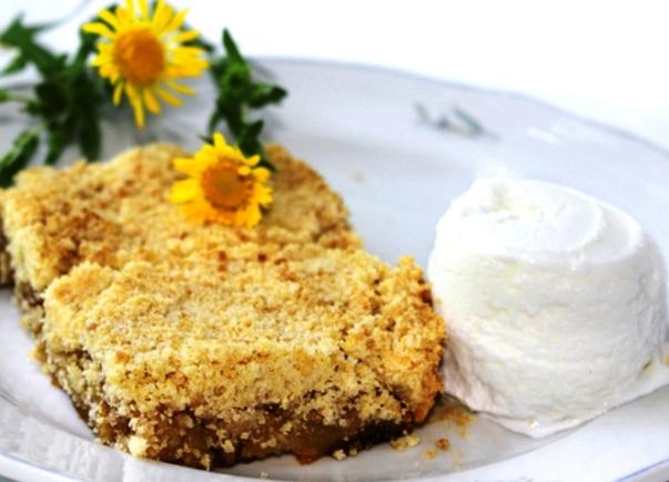 Английский пирог из яблок и масляной крошки